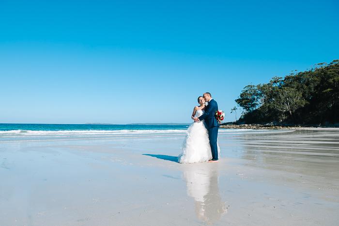 Jervis Bay beach wedding620.JPG